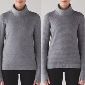 Lululemon | Double Up Reversible Grey Turtleneck